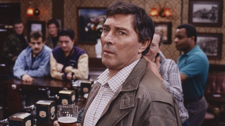 alan bradley played by mark eden 