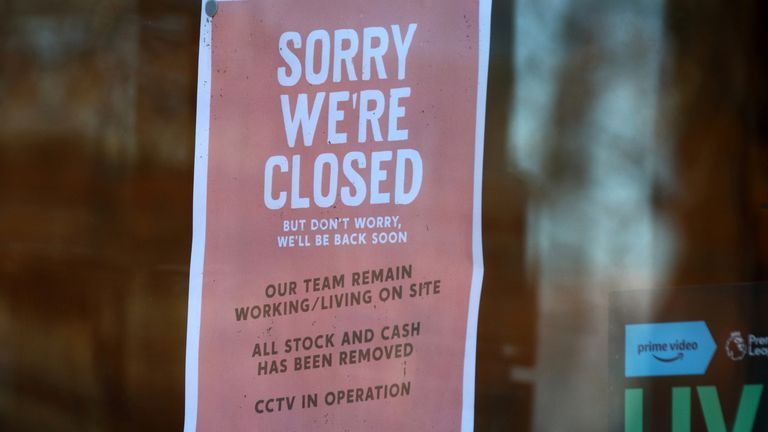 Closed sign seen at the window of a bar. On the first weekend of new coronavirus restrictions, the City of Coventry is in the Tier 3 - 'very high risk' with no pubs or restaurants are allowed to trade, except for takeaways, but all shops are open and shoppers out in force. (Photo by Keith Mayhew / SOPA Images/Sipa USA)