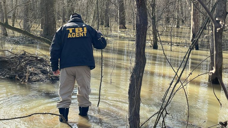 Investigators search for David Vowell, who was wanted over a double murder of two fellow duck hunters. Pic: Tennessee Bureau of Investigation