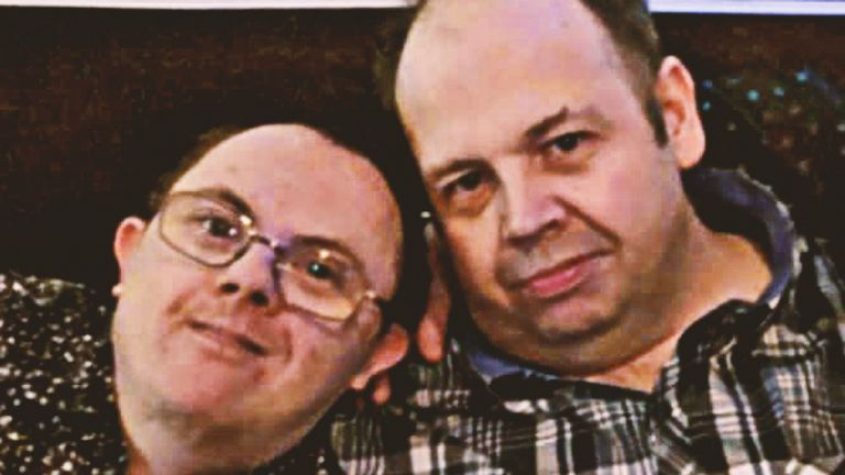Darren Lewis (left) and his brother Dean, 44, died from coronavirus within days of each other