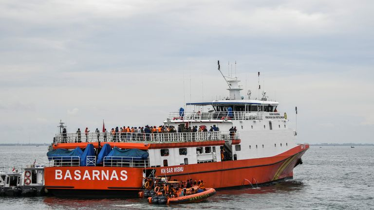 Indonesian Basarnas search and rescue ship searches for Sriwijaya Air Flight SJ182, which crashed to the sea off the Jakarta coast, Indonesia, January 10, 2021 in this photo taken by Antara Foto/Galih Pradipta via REUTERS ATTENTION EDITORS - THIS IMAGE WAS PROVIDED BY THIRD PARTY. MANDATORY CREDIT. INDONESIA OUT.