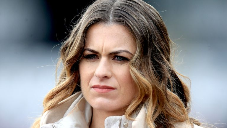 Karen Carney has deleted her Twitter account after being abused online