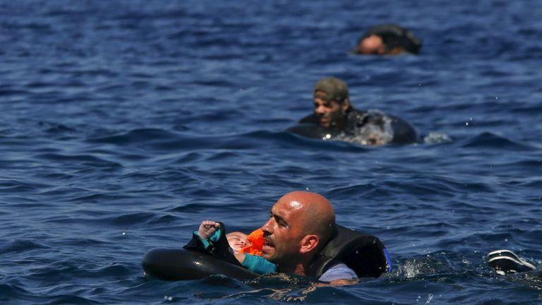 Migrant refugee
