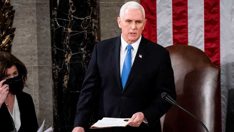 House Speaker Nancy Pelosi and Vice President Mike Pence preside over a Joint session of Congress to certify the 2020 Electoral College results on Capitol Hill in Washington, DC on January 6, 2020. (Erin Schaff/The New York Times)
