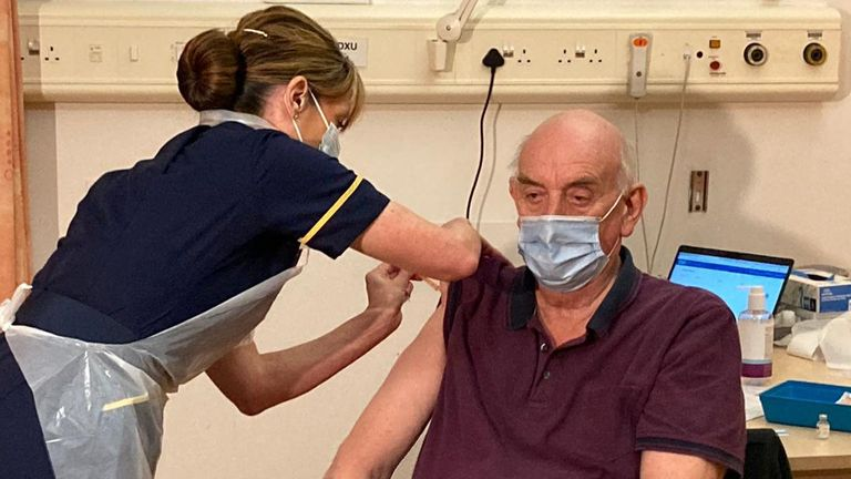 Pic: NHS NHS England and NHS Improvement @NHSEngland 'I'm so pleased to be getting the COVID vaccine today and really proud it is one that was invented in Oxford.'   82-year-old Brian Pinker became the first person in the world to receive the new Oxford AstraZeneca vaccine this morning at  @OUHospitals .