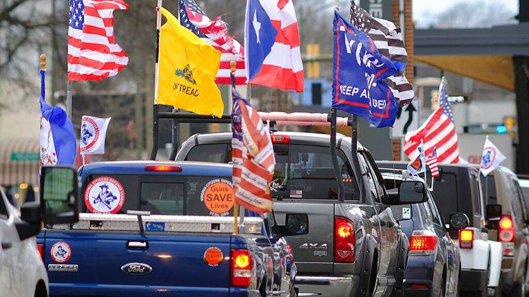 Pro-gun militias arriving in Richmond, Virginia Pic: AP Photo/Richmond Times-Dispatch, Bob Brown