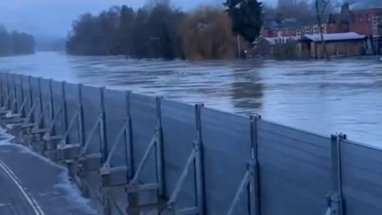 River Severn swells in Worcestershire