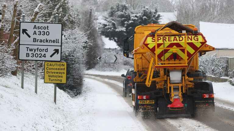 A gritting lorry in snowy conditions in Touchen-End, Berkshire