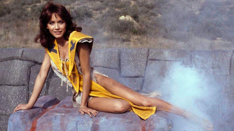 "Tanya Roberts berperan sebagai Kiri dalam film petualangan ""The Beastmaster,"" 16 Desember 1981. (Foto AP / Wally Fong)"