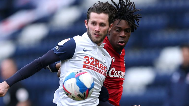 Alan Browne (left) and Reading's Ovie Ejaria