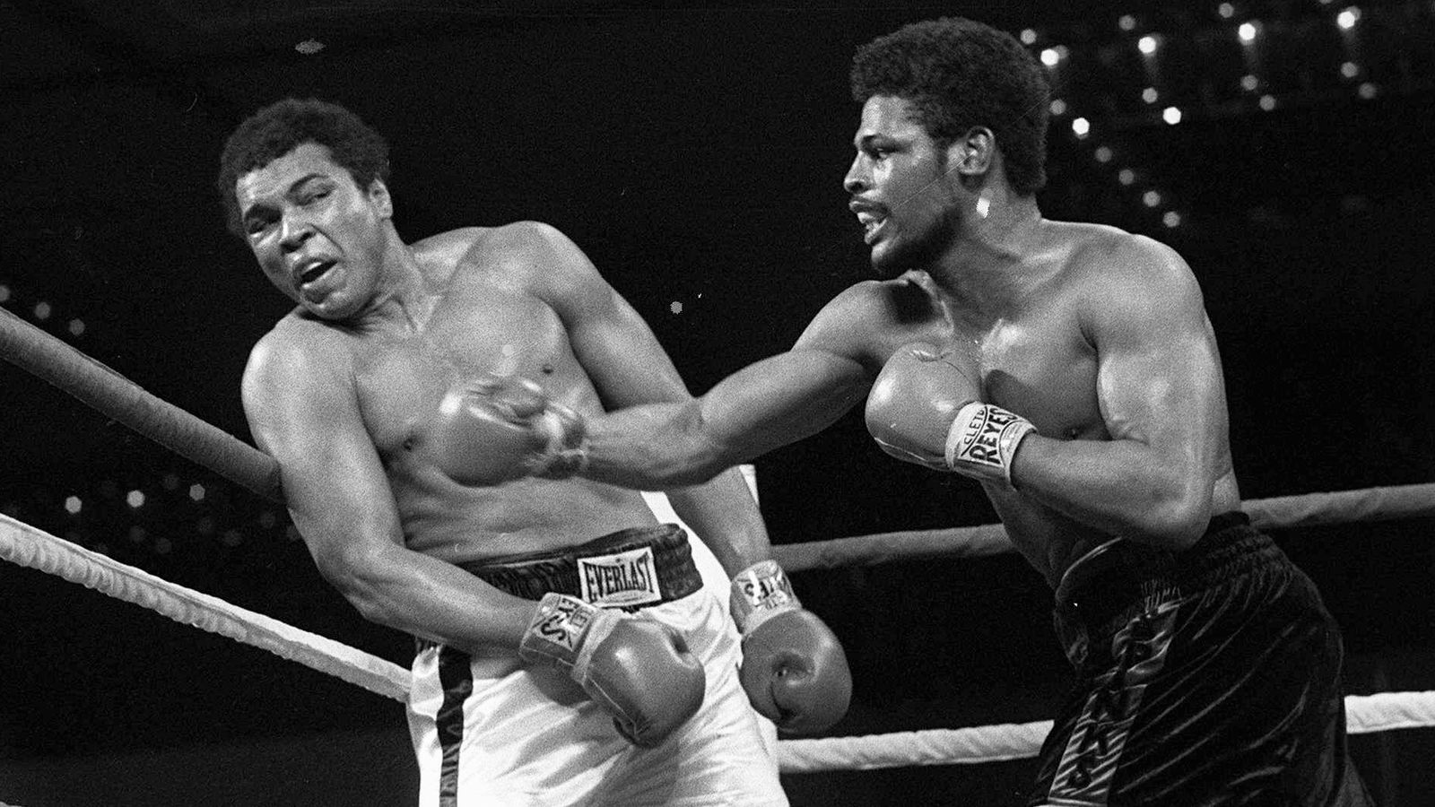 Leon Spinks, the boxer who shocked the world by beating Muhammad Ali, dies aged 67