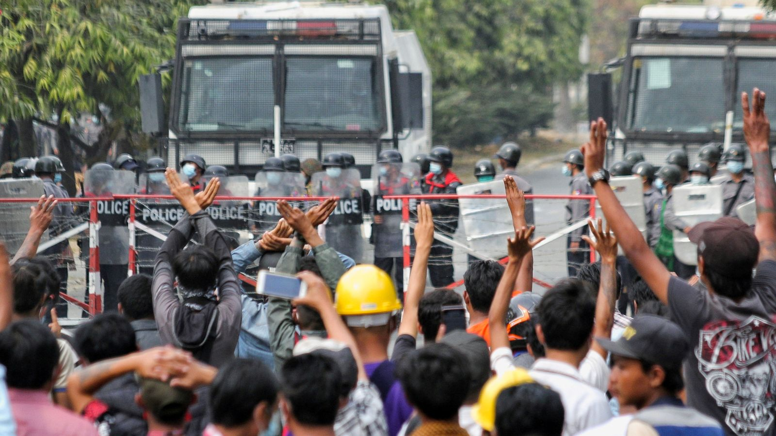 Myanmar: Shooting of protesters 'beyond the pale', says UK foreign secretary