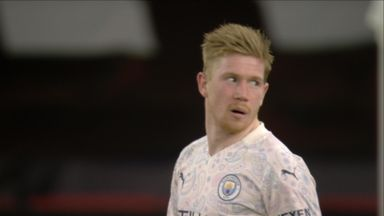 De Bruyne tries a chip (48)