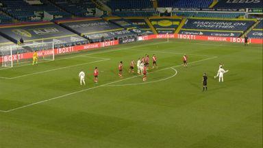 Raphinha scores excellent free-kick (84)