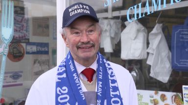 World Pie Champion offers St Johnstone advice!