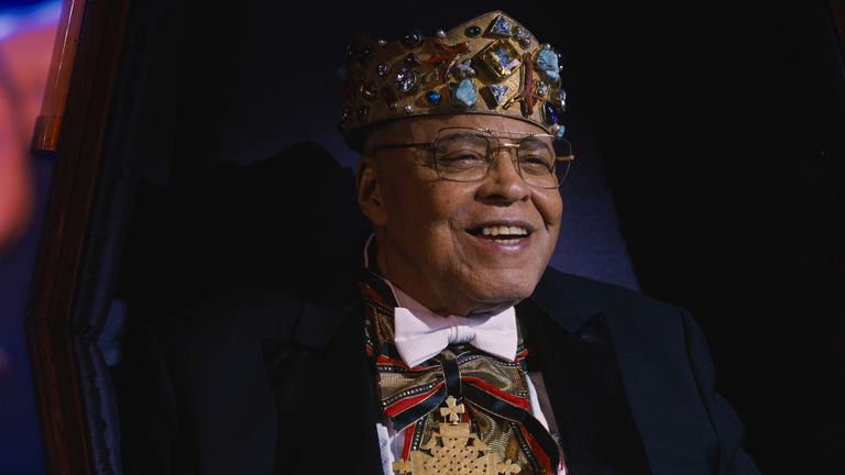 James Earl Jones plays Murphy's dad King Jaffe Joffer. Pic: Amazon Studios