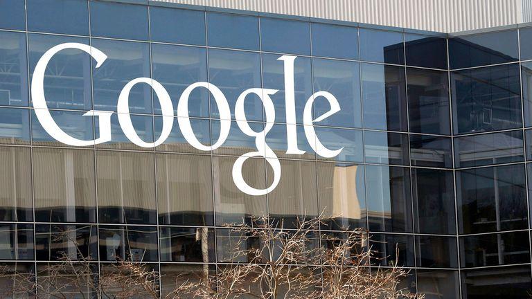 پرونده - این پنجشنبه ، 3 ژانویه 2013 ، عکس پرونده مقر Google & # 39؛ به دلیل تفاوت های بیولوژیکی  یادداشت های دوئل در حالی است که سیلیکون ولی با اتهامات تبعیض جنسی و تبعیض روبرو می شود و شرکت هایی مانند گوگل ، فیس بوک و اوبر می گویند که آنها تلاش می کنند تغییر کنند.  گوگل همچنین در میان تحقیقات وزارت کار است
