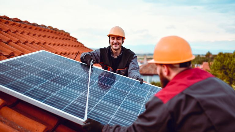 MPs have called for VAT to be cut on home energy efficiency projects
