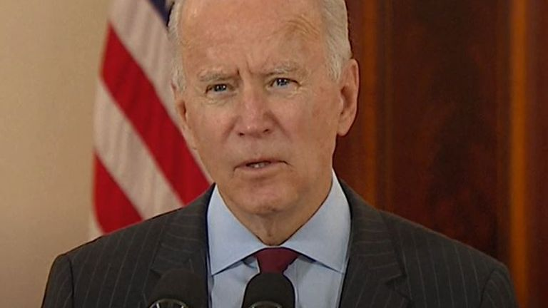 Joe Biden remembers the US half a million who have died from COVID-19