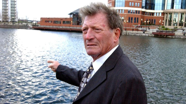 Briggs starred in Corrie as Mike Baldwin from 1976 until 2006