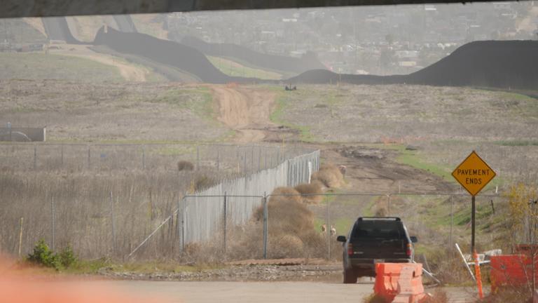 Dinding perbatasan