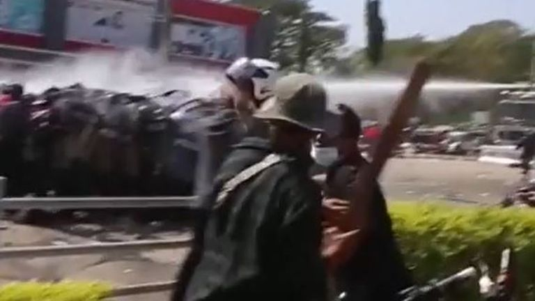 Chaos at Myanmar-Thailand border as people flee gunfire and airstrikes - 'some people forgot their children'
