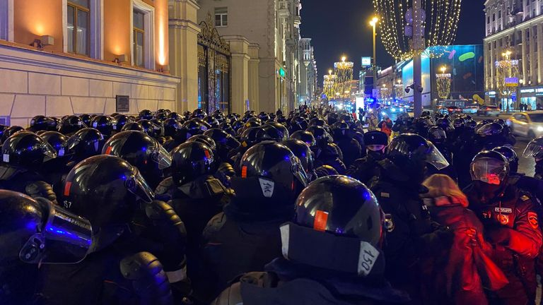 A mass of riot police on Tverskaya in central Moscow in the wake of the Navalny court verdict