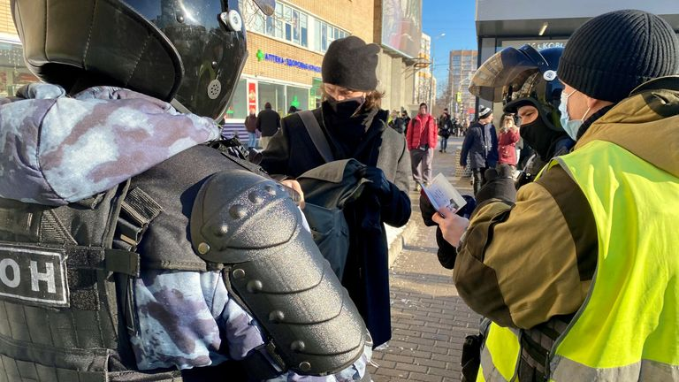Police checking the documents belonging to people near the Moscow city court