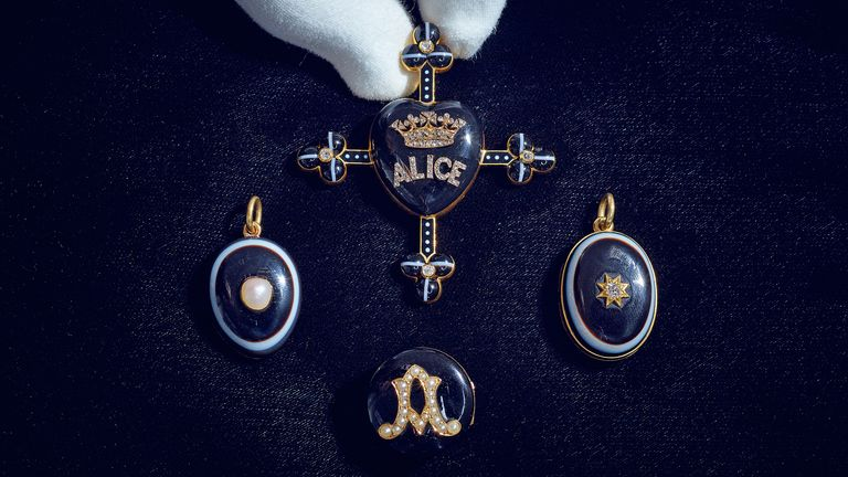 Mourning Jewels. Pic: Sotheby's
