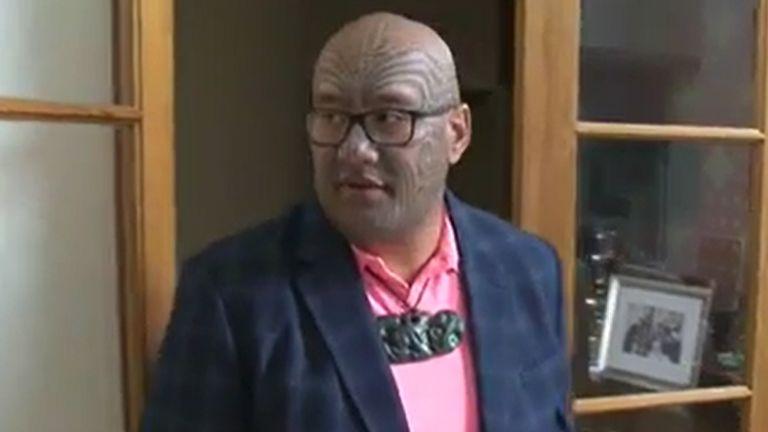Hasil carian imej untuk Maori MP Rawiri Waititi ejected from New Zealand parliament for refusing to wear tie