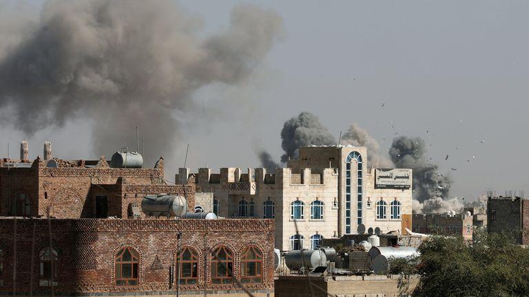 Smoke billows from the sites of Saudi-led air strikes in Sanaa, Yemen November 27, 2020. REUTERS/Khaled Abdullah