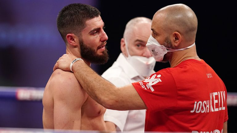 Josh Kelly felt the pressure when David Avanesyan lost, but he can come back stronger, says Johnny Nelson |  Boxing News