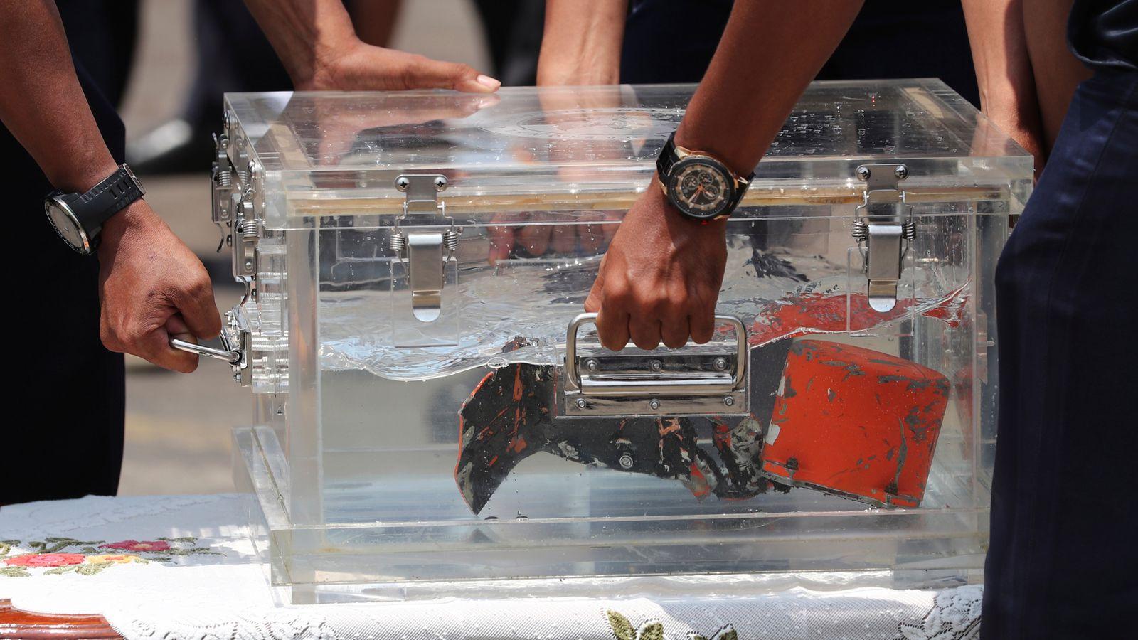 Indonesia plane crash: Navy divers recover cockpit voice recorder of Sriwijaya Air jet