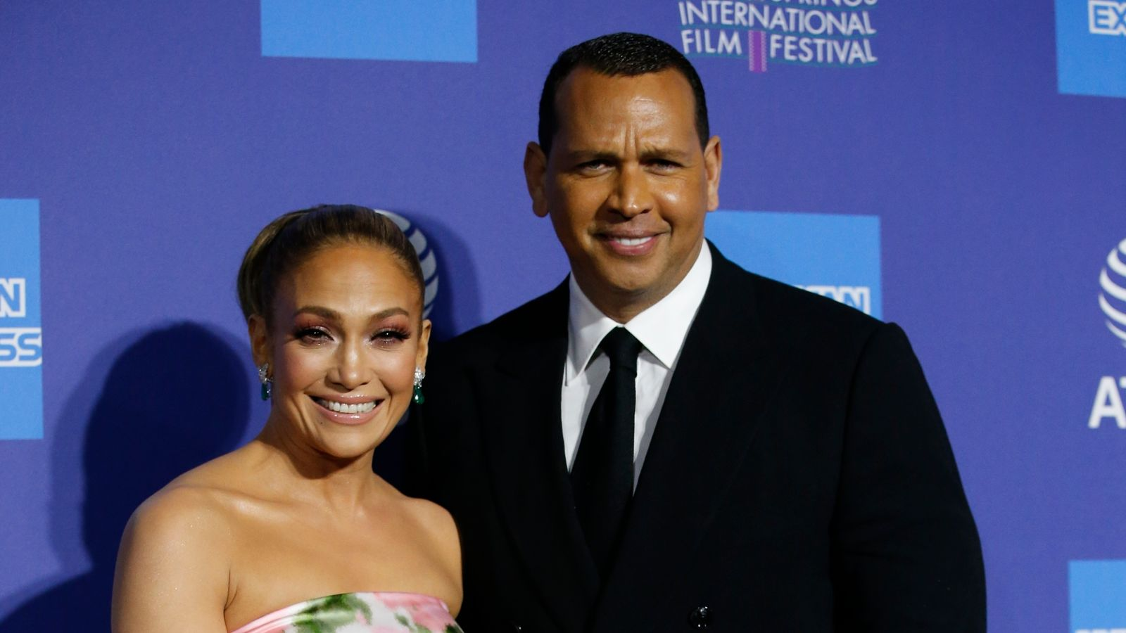 Jennifer Lopez and Alex Rodriguez call off their engagement weeks after denying split thumbnail