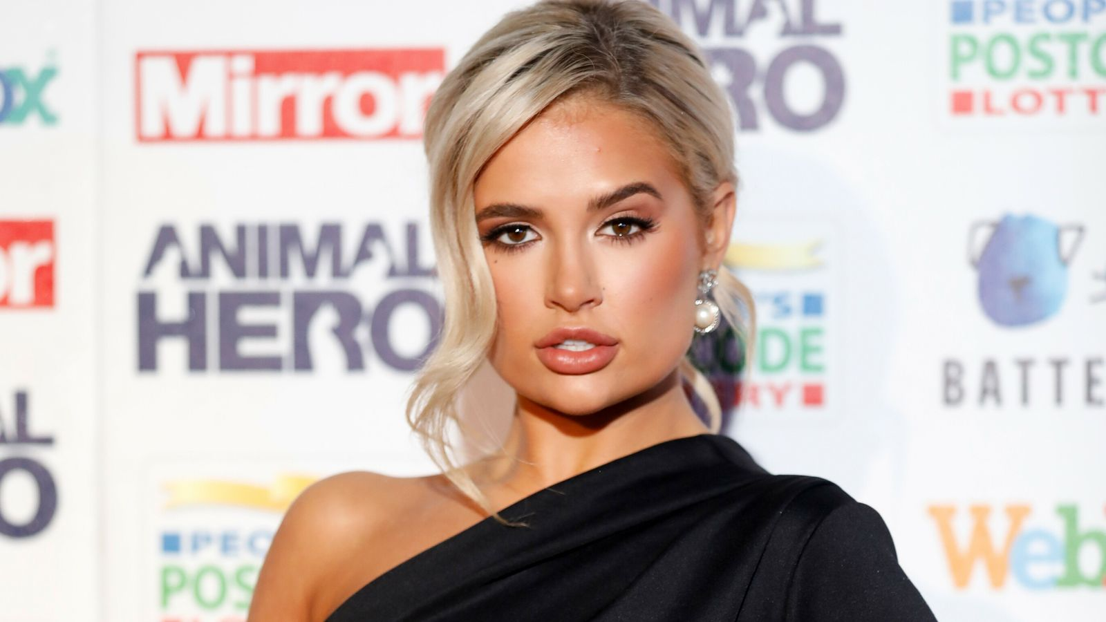 Molly-Mae Hague: Cosmetic filler for young women should not be normalised
