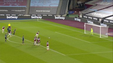 Lingard scores rebound after pen saved (21)