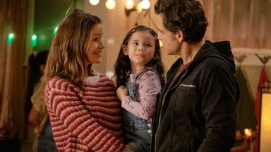 Jennifer Garner, Edgar Ramirez and Everly Carganilla  in Yes Day. Pic: Matt Kennedy/Netflix
