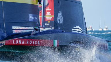 Luna Rossa show agility in race five