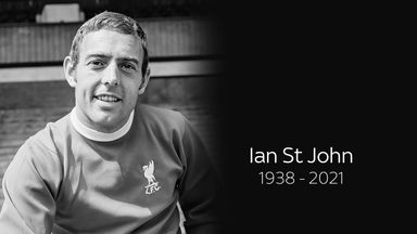 Liverpool pay tribute to Ian St John