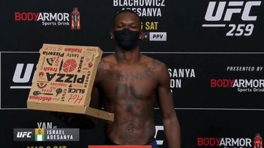 Adesanya brings pizza to weigh-in!