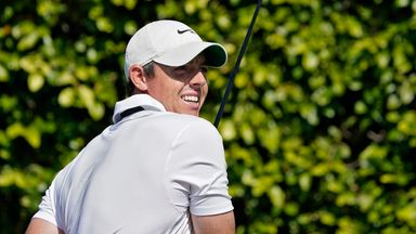McIlroy grinds it out to stay in contention