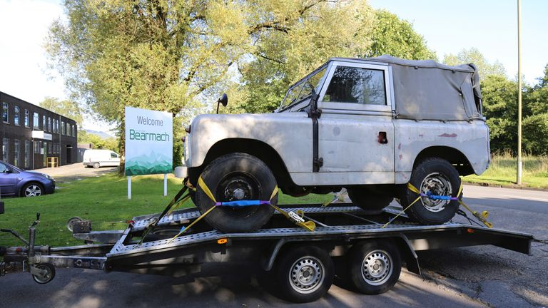 Bearmach exports car parts suitable for Land Rovers