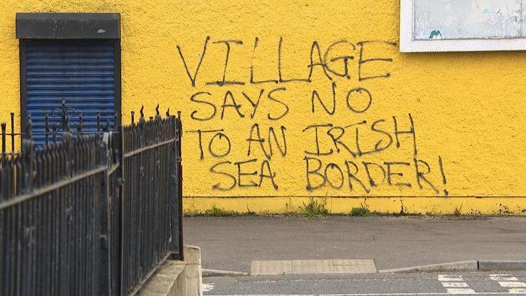 A proposed Irish Sea border undermines the 1994 ceasfire, loyalist leaders say