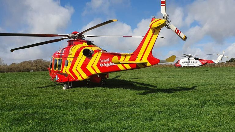 Cornwall Air Ambulance was tasked to an RAF Hawk jet crash near Helston. Critical care paramedics assessed & treated 2 patients who had ejected from the aircraft. Injuries were not life-threatening. The crew worked alongside  @HMCoastguard   @swasFT   @DC_PCC   @RNASCuldrose  #RAFhawk