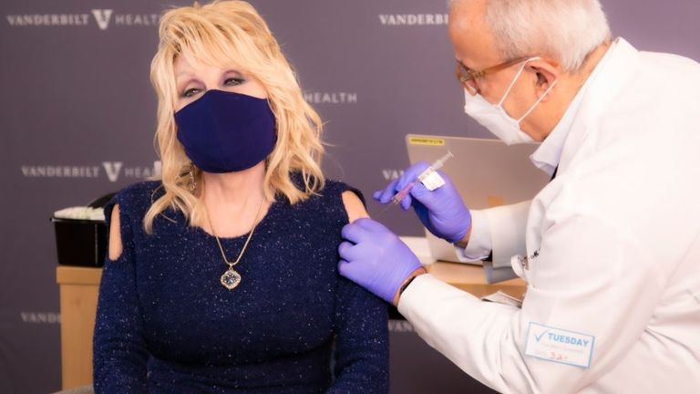 Singer Dolly Parton gets her coronavirus vaccination. Pic: Twitter