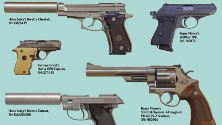 Four of the five deactivated guns are still missing. Pic: Metropolitan Police