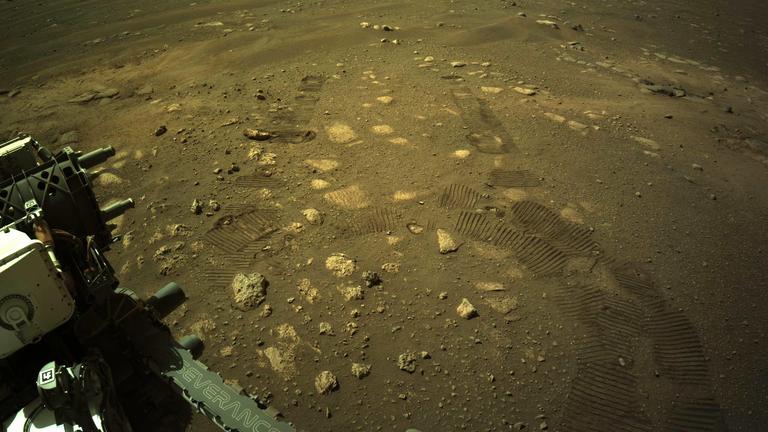 مریخ نورد Mars Perseverance ناسا این تصویر را با استفاده از دوربین Navigation Right روی آن در 5 مارس به دست آورد.  عکس: NASA / JPL-Caltech