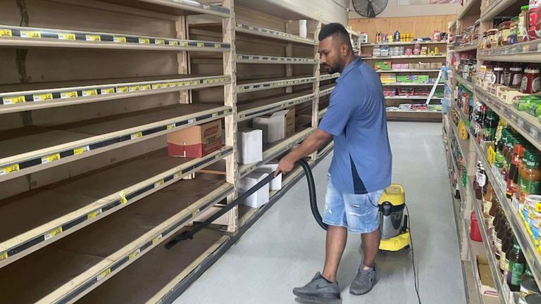 Gulargambone grocer Nav Singh is spending six hours a day cleaning his store. Pic: ABC Western Plains: Lucy Thackray
