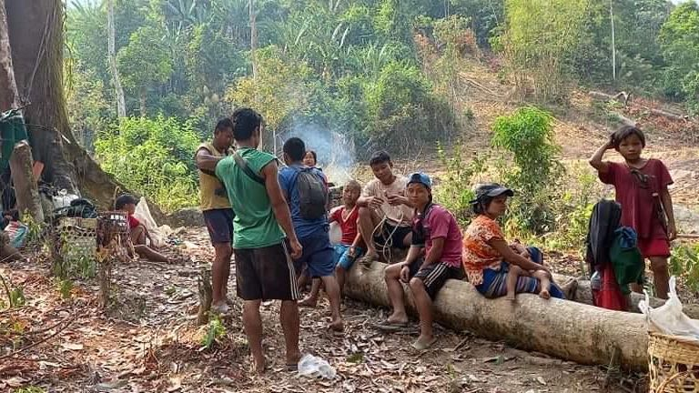Karen families from in hiding from air strikes in the Day Pu No area of Papun District, north Karen state 28 March 2021. Over 2,000 people in the Day Pu No valley are in hiding. Pic: Burma Rangers