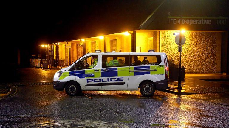 پلیس در حال جستجو در مناطق لندن و کنت است